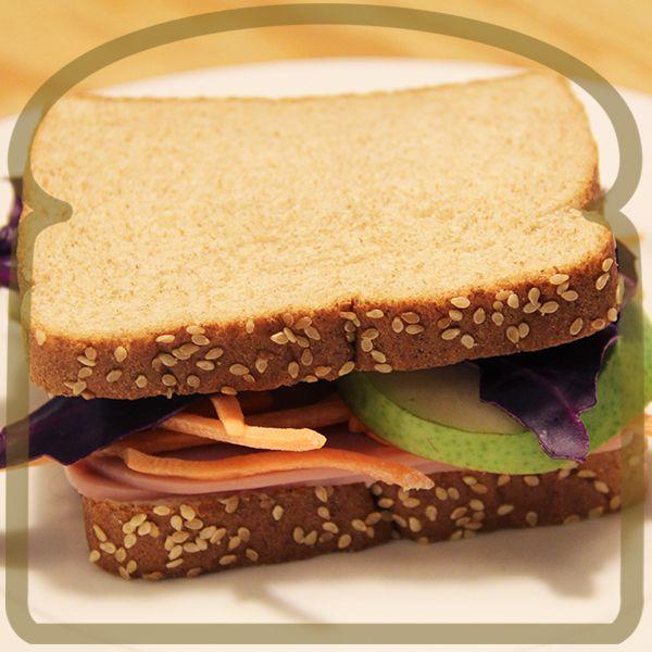 Sandwich con rebanadas de pera y zanahoria #Sandwich #Wonder #DiferenteEsMejor