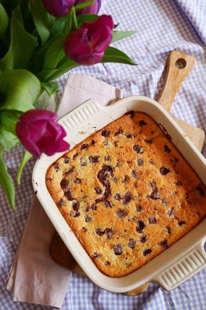 Gyors gyümölcspite laktózmentesen Könnyed, villámgyors édesség, melyet a család minden tagja imádni fog! Előre szólunk, nagyon hamar fogy! Gyors laktózmentes gyümölcspite.