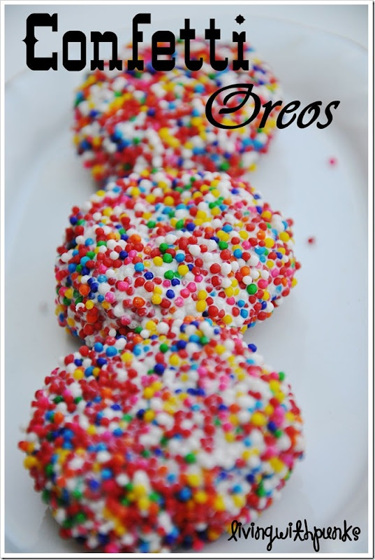 Confetti Oreos!Valentine Day Ideas, White Chocolates, Cookies, Birthday Treats, Sprinkles, Confetti Oreo, Kids Birthday Parties, Sweets Tooth, Party Ideas