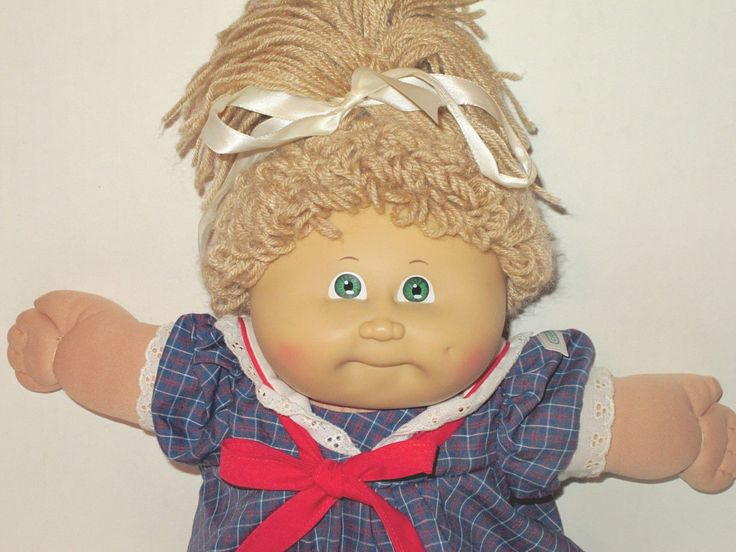 This is a Coleco Cabbage Patch Kids doll that has the Xavier Roberts stamp on her bottom and 1985. She is in lightly played with condition. The only place she is minimally soiled is on her finger tips, but you really have to look for it. | eBay!