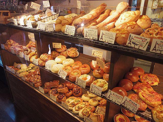 沖縄グルメブログ主に那覇市浦添市宜野湾市周辺でグルメ、ランチ、食べ歩きが好きなブログ!最近はランチが多め、でもグルメではありません…:パリのパン屋さん ボンジュール PREMIUM