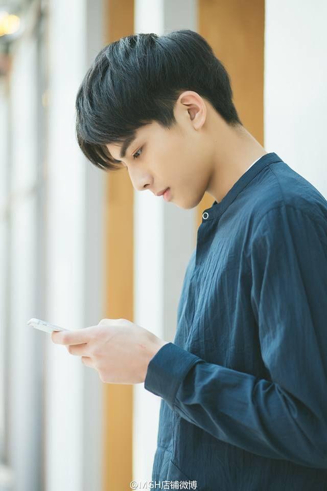Tống Uy Long Song Wei Long 宋威龙 ในปี 2019 ทรงผมผู้ชาย