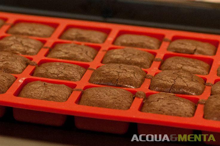 Mini brownies... per stare leggeri ;-)