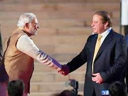 Election in India : PM Modi meets his Pakistani counterpart Nawaz Shar...