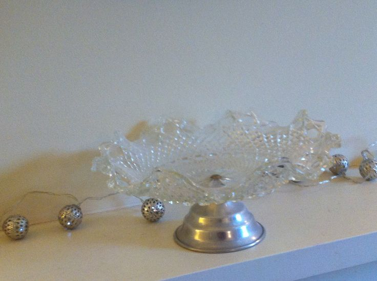 Cake stand available to hire from grey button cake stand