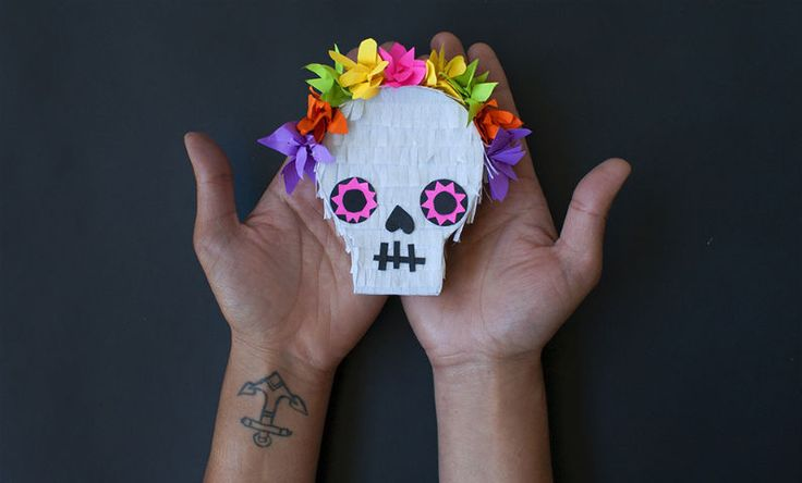 MAKE - Halloween mini piñata by Kit Palaskas - Three Thousand