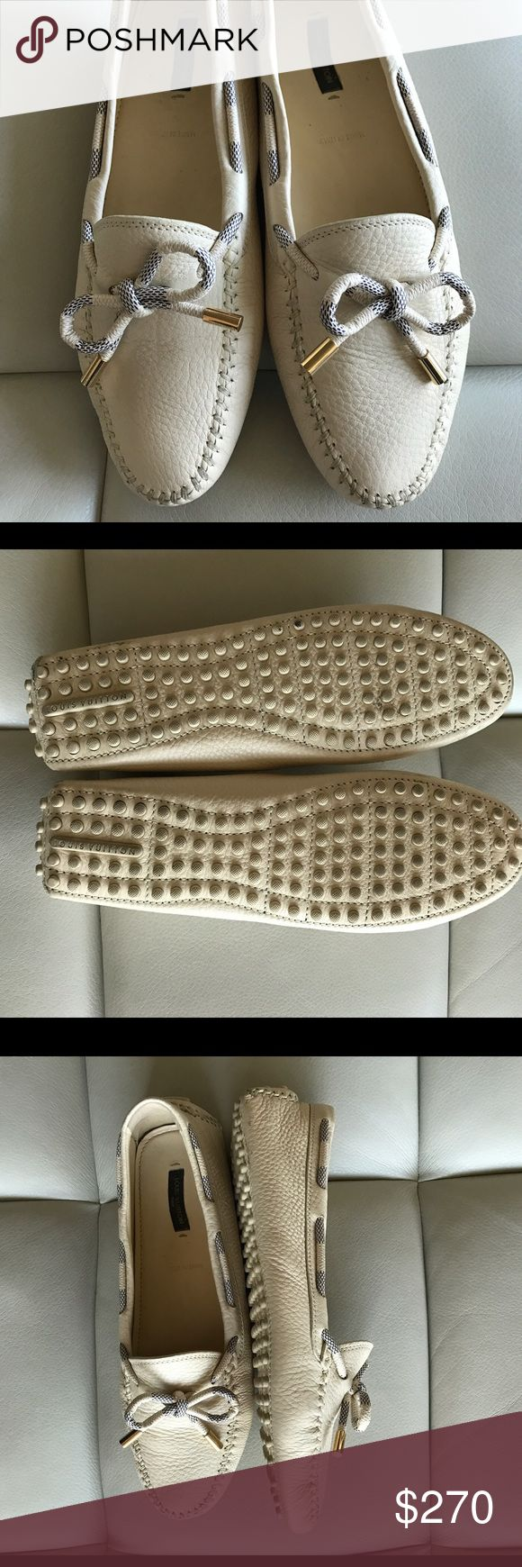 Louis Vuitton Loafers Like new, used only once. Louis Vuitton car shoe. Euro size 40,5 Louis Vuitton Shoes Flats & Loafers