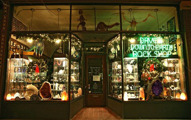 Dave's Down to Earth Rock Shop & Dino Museum