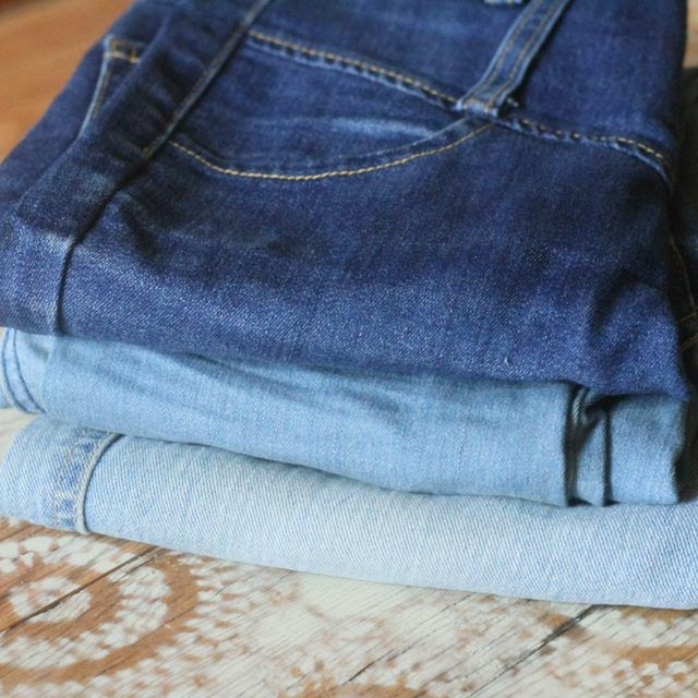 Technique for Fading Jeans