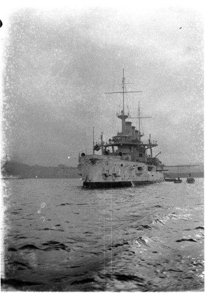 USS Kansas in Sydney Harbour during the visit of the United States Navy's Great White Fleet, 1908. Perier Collection, State Library of New South Wales: http://www.acmssearch.sl.nsw.gov.au/search/itemDetailPaged.cgi?itemID=14819