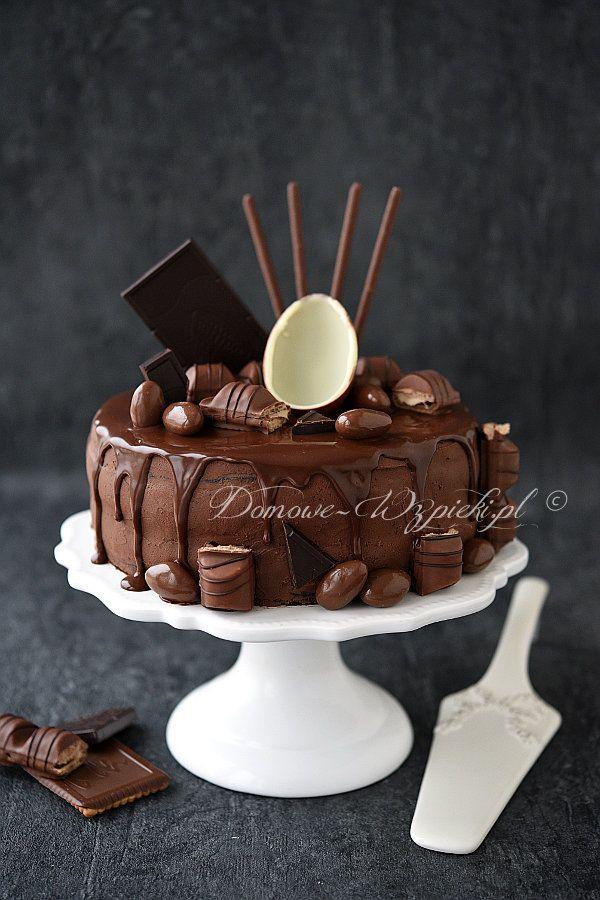 Tort czekoladowo- orzechowy z kremem pomarańczowym
