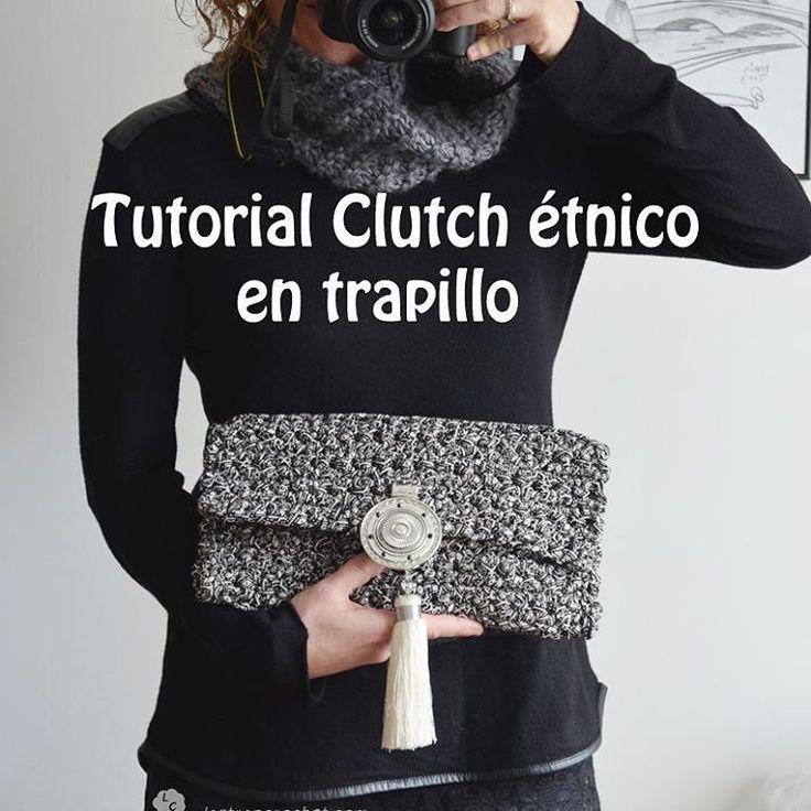 Pues eso...tutorial de este clutch en lastrapcrochet/tutoriales/ #lastrapcrochet #tutoriales #tutorialestrapillo #trapillo#clutchtrapillo #clutch#etnico#diy#crochetting#cabrils #vilassardemar #vilassardedalt #premiademar#premiadedalt #badalona #mataro #masnou #barcelona