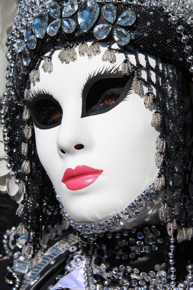 Maske, Masken, Kostüm, Kostüme,  mask, masks, Masques, masque, Maschere, maschera, Máscaras, máscara, Маски, Maski, Maska, Maskers, 面具, Karneval, carnival, carnevale, carnaval, карнавал, karnawał, karnaval, 狂欢节, Venedig, Venice, Venise, Venezia, Venecia, Венеция, 威尼斯,