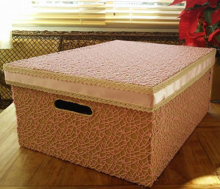 Caja de carton con decoracion vintage