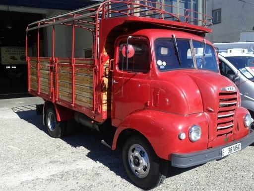 Camión clásico  http://www.alquiler.com/anuncios/camion-clasico-barbera-del-valles-en-barcelona-5931