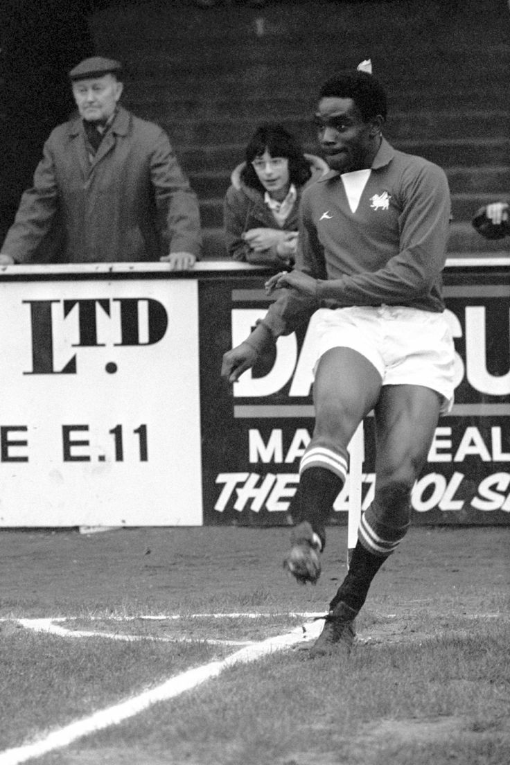 Laurie Cunningham - Leyton Orient, 1976.