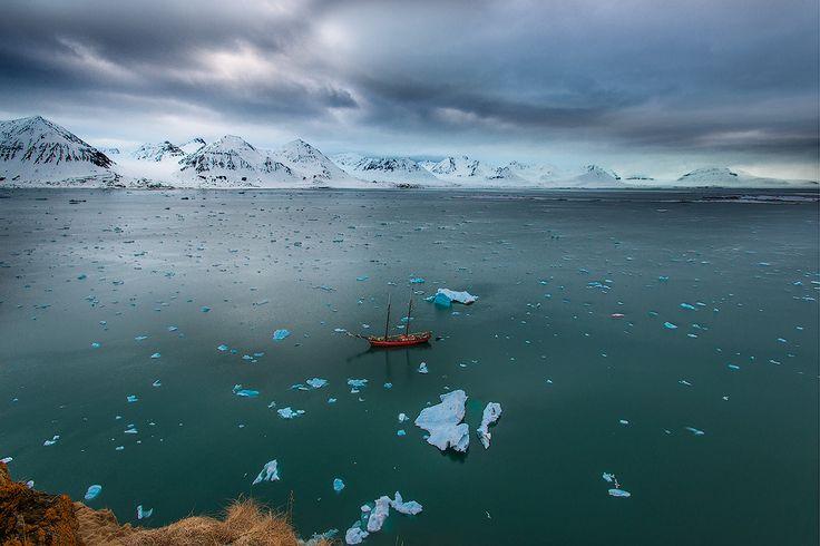 Суровое обаяние Арктики Автор: Сергей Иванов
