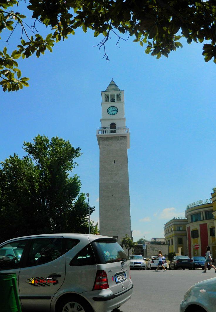 Tirana, Albania, Nikon Coolpix L310, 4.5mm, 1/500s, ISO80, f/8.7, -1.3ev, panorama mode: segment 2, HDR photography, 201607061415