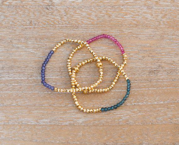 Gold plated hematite and quartz bracelet // pulseras de hematita bañada en oro y cuarzo