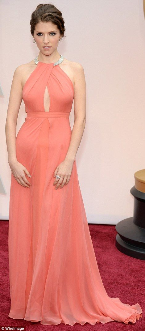 Anna Kendrick picked a stunning custom Thakoon gown in peach, which featured a keyhole cut-out and dazzling halterneck.  #Oscars 2015