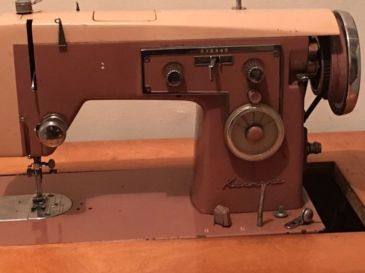 Vintage Sears Kenmore Antique Sewing Machine With Hide Away Table Model  158.471