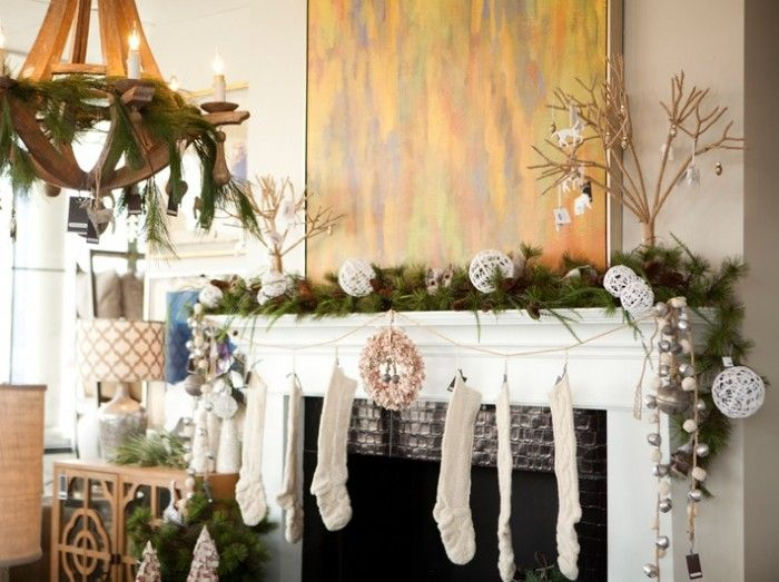 Christmas Mantel for a Pretty Christmas: Exciting Natural Christmas Mantel Decor ~ kepoon.com Decorating Inspiration