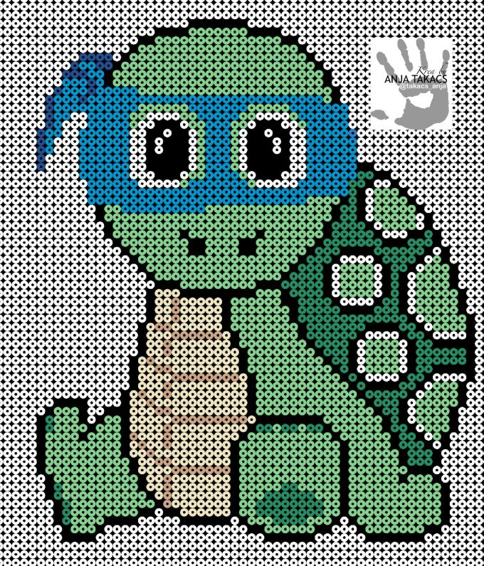 Til de seje drenge, er der nu en lille skildpadde der så gerne vil være en Ninja Turtle.. Den er lavet på 6 plader og rummer omkring 2000 perler! Jeg har brugt: 46 & 09 til bandana. 10 & 47 til skjold. 21 & 27 til maven. 11 til huden, og ellers sort og hvid.