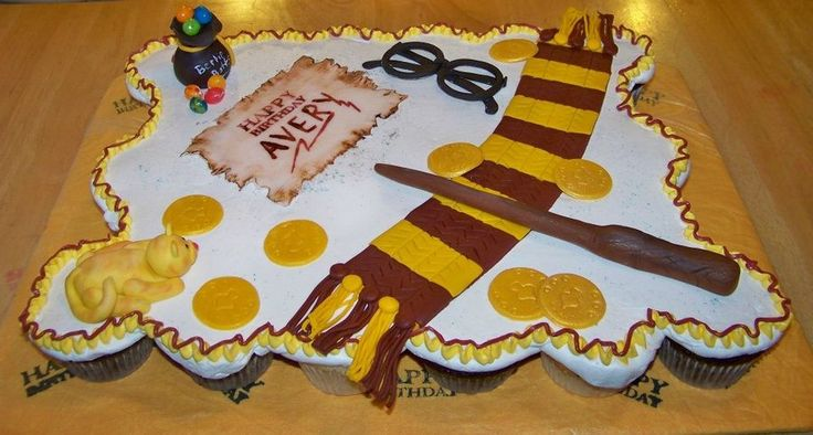 Harry Potter Cupcake Cake Cupcake Cakes Pinterest