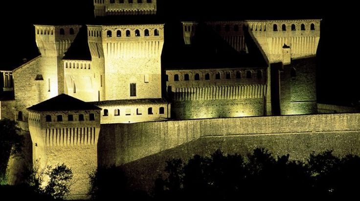 Parma e Piacenza: motogiro tra i Castelli del Ducato | MotoHotel® Italia