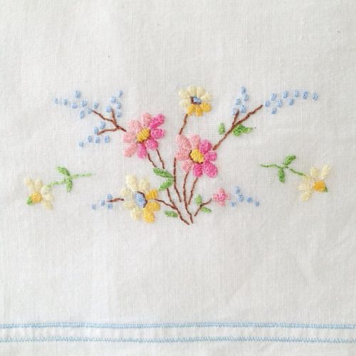 Umla pretty vintage pillowcase embroidery by ouissi on