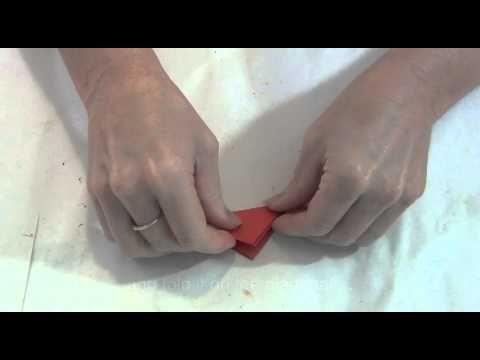 Anzac Day: Make a memorial poppy
