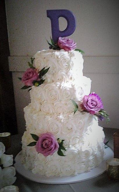 Wedding Cake Rosettes And Flowers