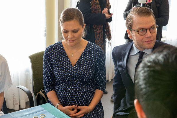 Princess Victoria Photos - Crown Princess Victoria and Prince Daniel Visit Varmland - Zimbio