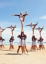 #Cheer Could do with partner stunts too....that would be so cool!