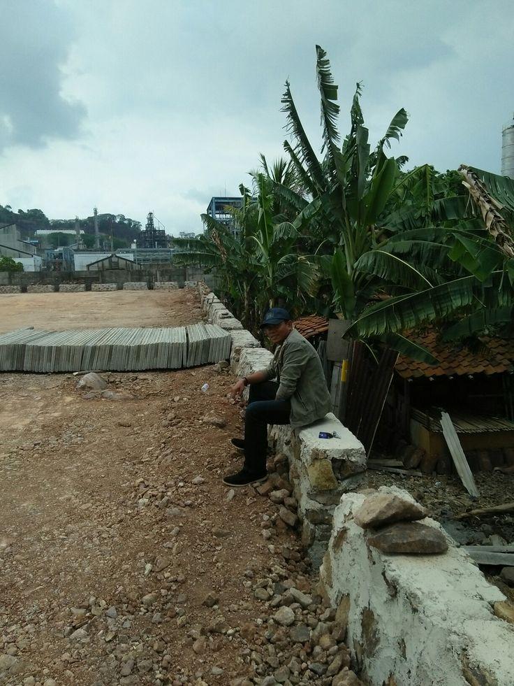 Pondasi Pagar Panrel Beton Audah Siap.  Pemasangan Pagat Panel Beton Pulo Ampel Banteb WA: 081218106267 HP: 087771073681