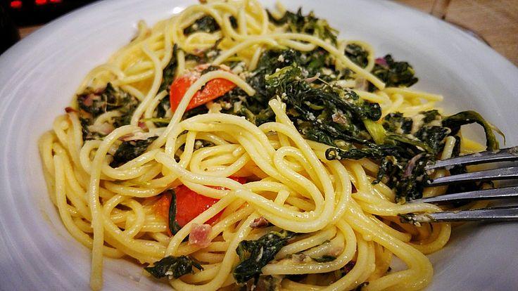Nudeln mit Spinat, Schafskäse und Tomate, ein beliebtes Rezept aus der Kategorie Nudeln. Bewertungen: 280. Durchschnitt: Ø 4,4.