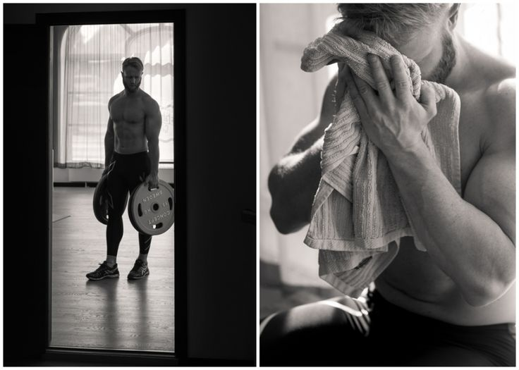 Groom doing workout. Bröllopsfotograf Göteborg, Wedding in Gothenburg, Sweden #details #preparations #workout #gym #dudoir #förberedelser #candid #weddingportraits #bröllop #citywedding #wedding #portraits #bröllopsporträtt #classic #stylish #bröllopsporträtt #bröllopsdag #moments #weddingday #modern #annalauridsen #kullafoto #bröllopsfotograf #göteborg #bryllup #bryllupsfotograf #bröllopsfotografgöteborg #hotelpost [Photo by Anna Lauridsen Kullafoto]