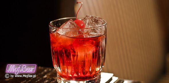 """OPENING SHOT Dosłodzony """"Manhattan"""": american bourbon whiskey - 40ml, wermut słodki - 20ml, grenadina - 10ml  Przepisy na drinki znajdziesz na: http://mojbar.pl/przepisy.htm"""