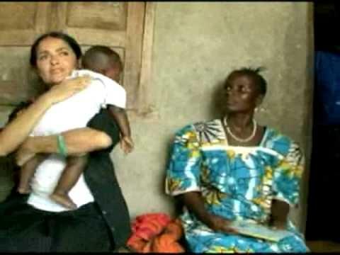 Salma Hayek #breastfeeding