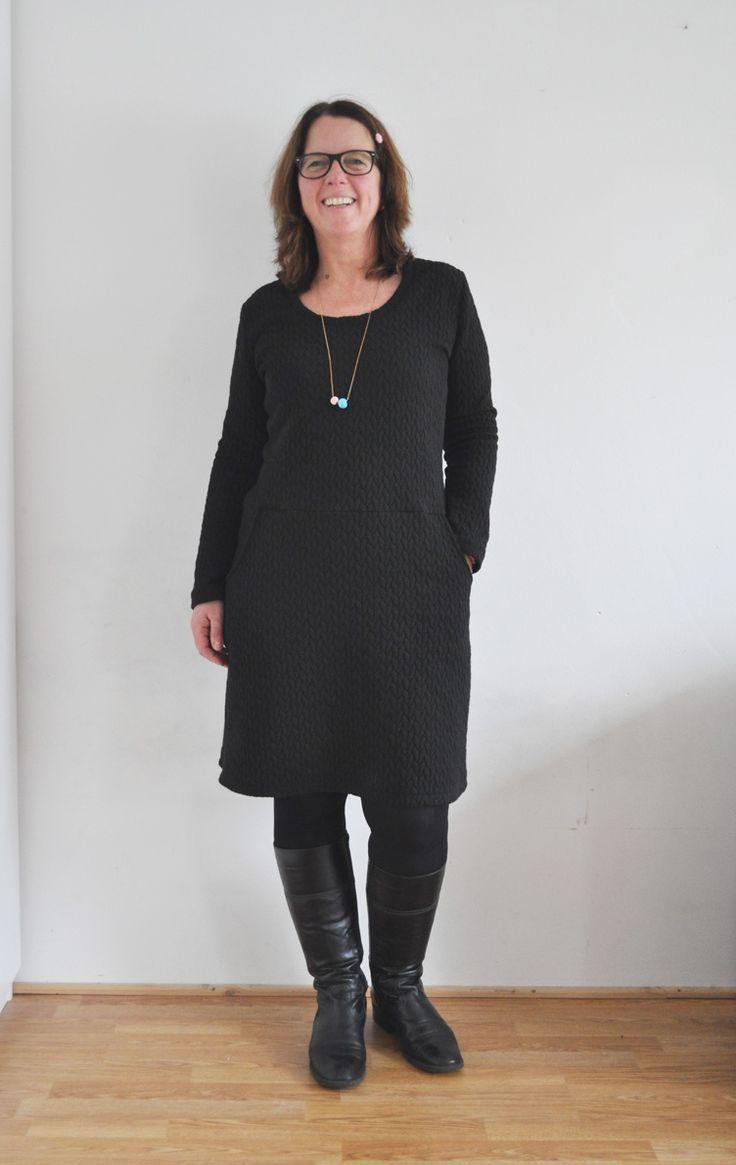 Schönes Kleid mit Bewegungsfreiheit nähen - Schnittmuster und Nähanleitung via Makerist.de