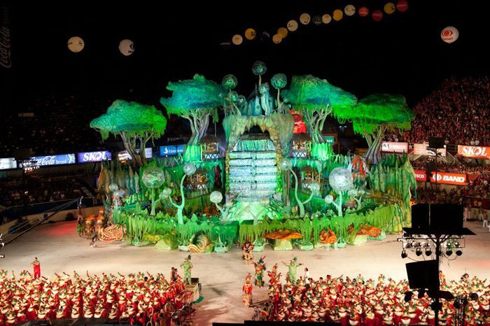 This is not The Brazilian Carnival, it is the Parintins Festival, the one that celebrates the Brazilian Folk