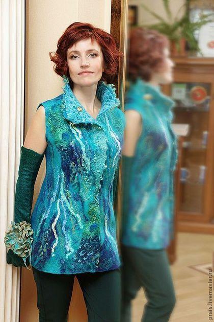 """Жилеты ручной работы. Ярмарка Мастеров - ручная работа Авторский валяный жилет """"Bright turquoise"""". Handmade."""