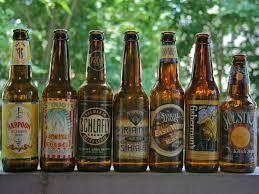 Kolsch La birra di Colonia (Koln) è la prima birra al mondo che può vantare una sorta di origine protetta, simile a quella di alcuni vini. La tecnica di produzione è particolare. La prima fermentazione dura solo 3-4 giorni ed è effettuata ad una temperatura di circa 14-18 gradi e poi segue una lunga stagionatura a freddo (0-5 gradi)