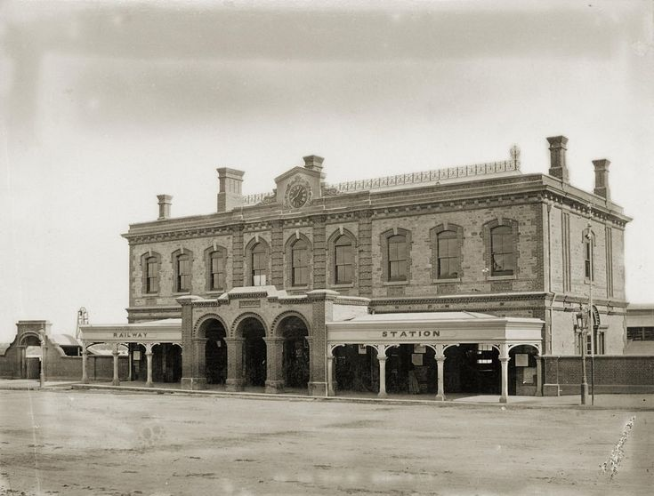 Adelaide Railway Station, North Terrace, 1878 - The first station was built in 1856 and in 1878 a nicely detailed second storey was added to the original station entailing alterations to the original portico. In 1925 the entire station was demolished as it was too small to house all the Railway administrative staff who were scattered around the city.