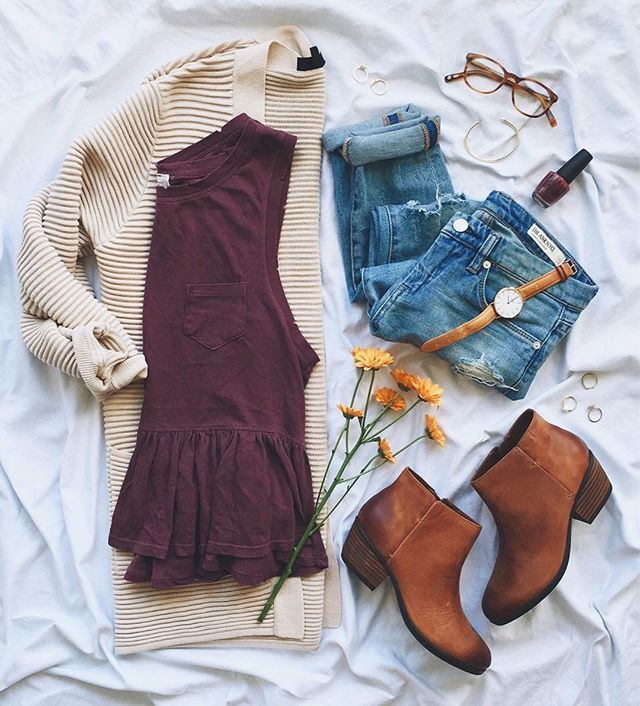 Cozy layers & go-to ankle booties = the perfect fall #ootd!Loving this peplum tank under an oversize cardigan..Ps. In case you missed it on http://LivvyLand.com, I partnered with /zappos/ & @clarksshoes to talk about one of my favorite fall uniforms (hint hint: these booties make an appearance!). Grab your coffee & head over to LL and scroll to the second post on the main page for all the details..☕️Shop all but my kicks with @liketoknow.it http://liketk.it/2plju #liketkit #fpme #topsh...