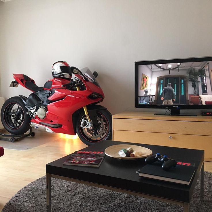 """Ducati Instagram på Instagram """"Home Sweet Home! Photo"""