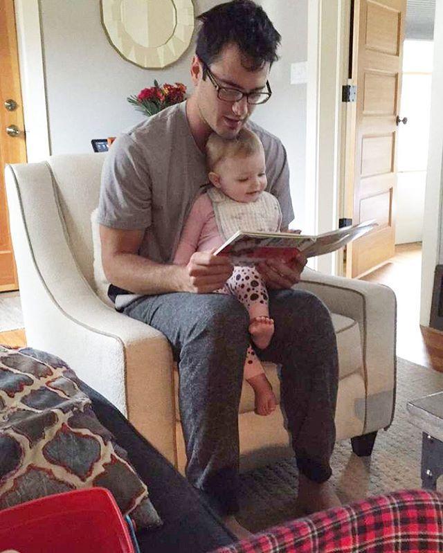 || @higgins.ben loves little Ceyla! @laurenbushnell @mceybell || #TheBachelor #BachelorNation #BenHiggins #LaurenBushnell #BenAndLauren #BenAndLaurenTv #HappilyEverAfter #SparkleInHerEye #CeylaGrace