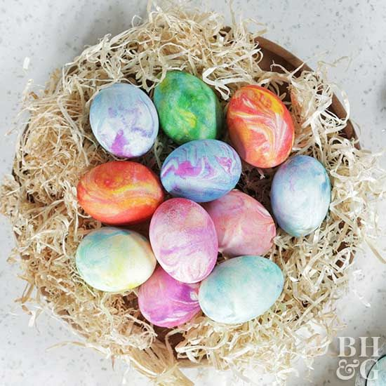 Use an ordinary material you may already have on hand to decorate gorgeous eggs this Easter! Create beautiful marbled looking eggs by using shaving cream and food coloring. We're also sharing a food-safe option if you plan on eating your eggs. #easter #eastereggs #dyeeggs