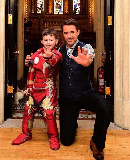Robert Downey Jr. meets children during a visit to Great Ormond Street Hospital in London, April 25, 2016
