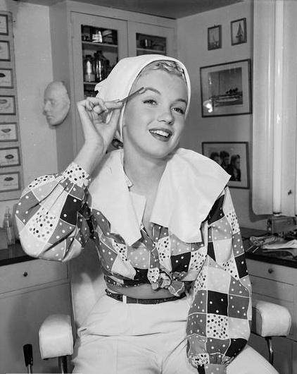 MarylinThings Marilyn, Marilyn Monroe, Beautiful Marilyn, Beautiful Norma, Jeans Bakers, Marilynmonroe, Norma Jeans, Vintage Beautiful, Monroe Photographers